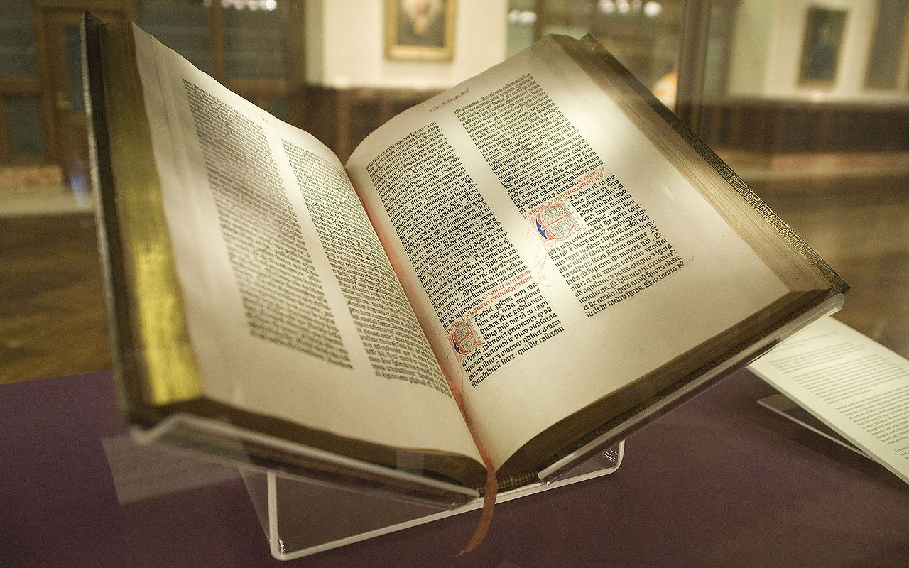 1280px-gutenberg_bible_lenox_copy_new_york_public_library_2009-_pic_01