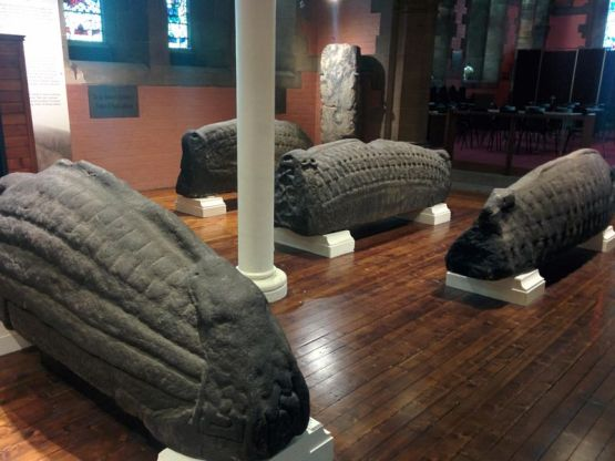 hogsback_stones_within_the_nave